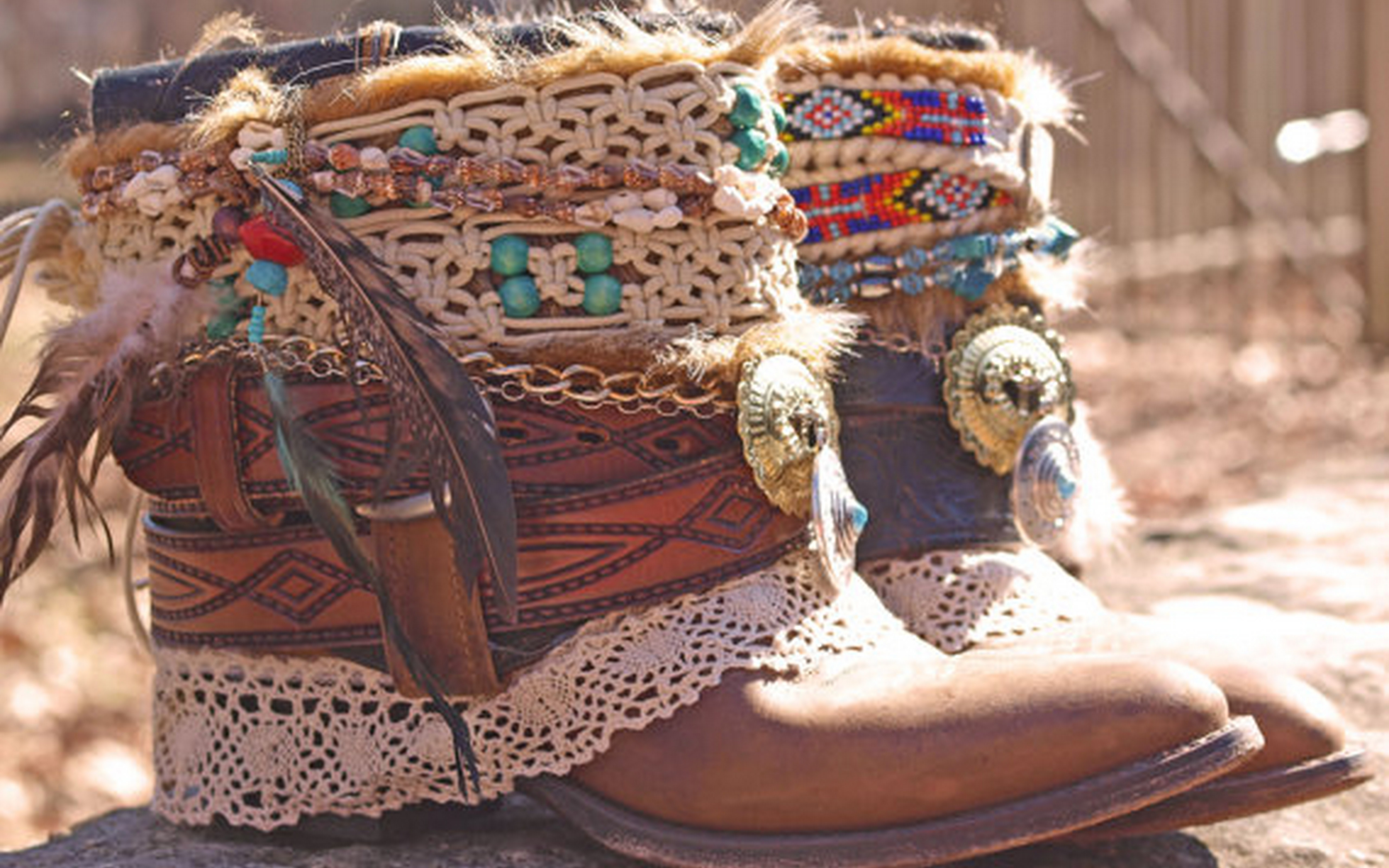 10 Boho Chic Winter Must Have Accessories