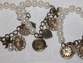 Make your own Retro Vintage bracelets