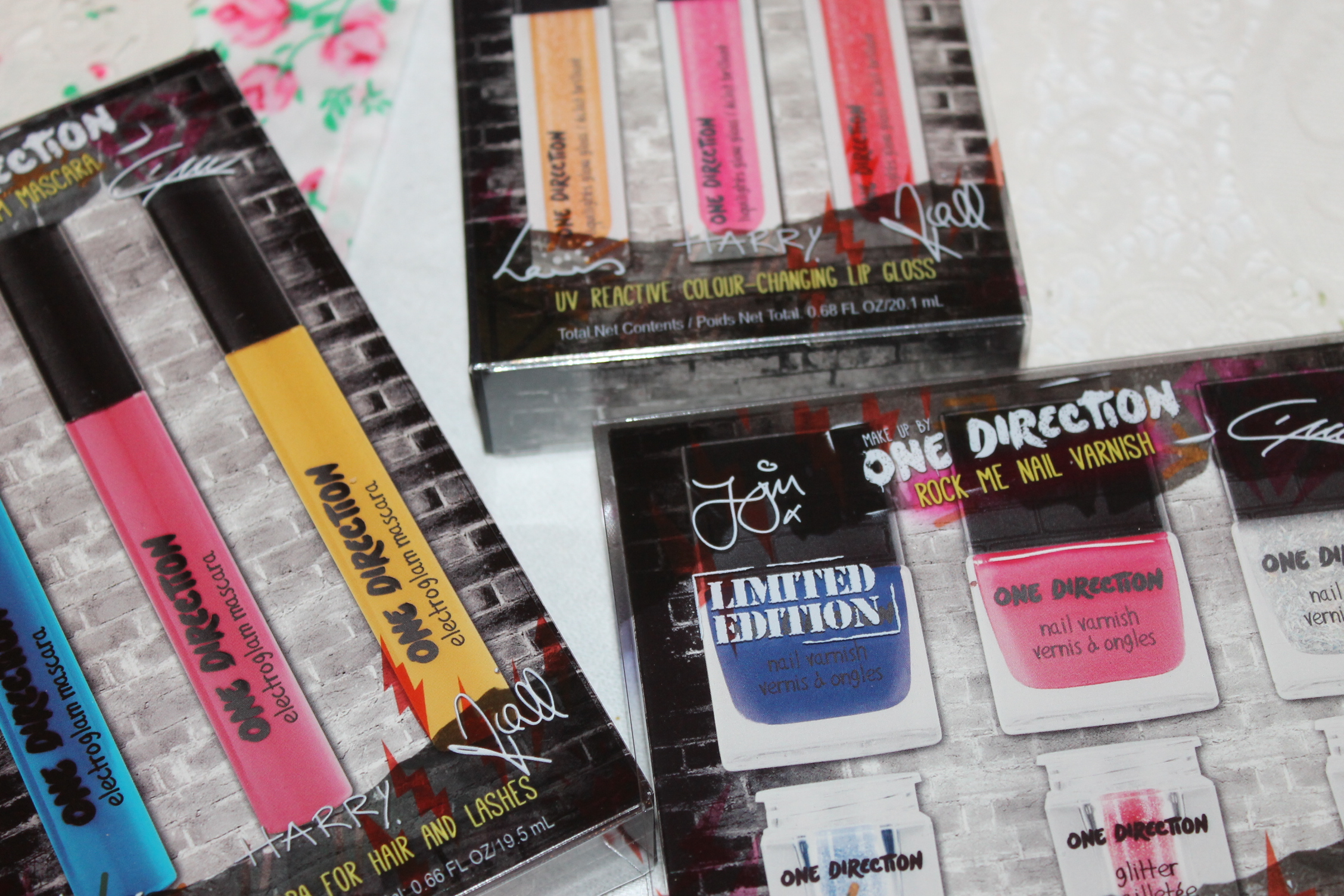Win Makeup by ONE DIRECTION! 50 Winners