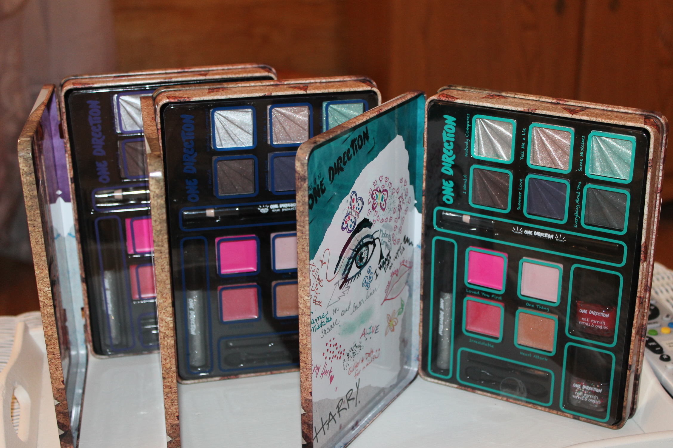 win a limited edition makeup set