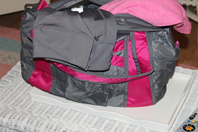 Small Active Kit (bottom, top, & bag) from Augusta Sportswear