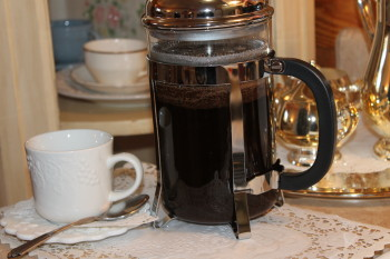 You Should Absolutely Use a French Press for Coffee