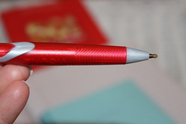 Pentel Vicuna Retractable Ballpoint Pens