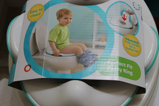 #PampersEasyUps Large Pampers Giveaway