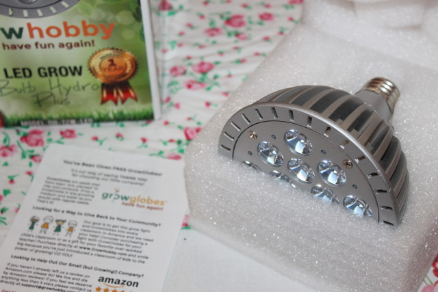 LED Grow Light for Garden Lovers  Review & Giveaway #growhobby