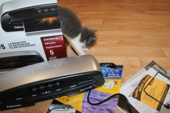 #shopletreviews Even Chelsea loves me new Fellowes Saturn 3i 95 Laminator