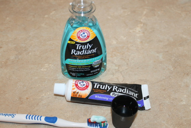 Arm & Hammer™ Truly Radiant™  #TrulyRadiantFinish Live Radiantly, Smile Brighter