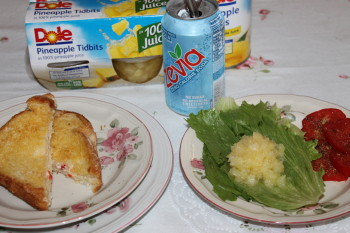 DOLE Crushed Pineapple Monterey Jack pimento cheese recipe plus more #DOLECannedFruit #Recipes #shabbychicboho @terrishaven