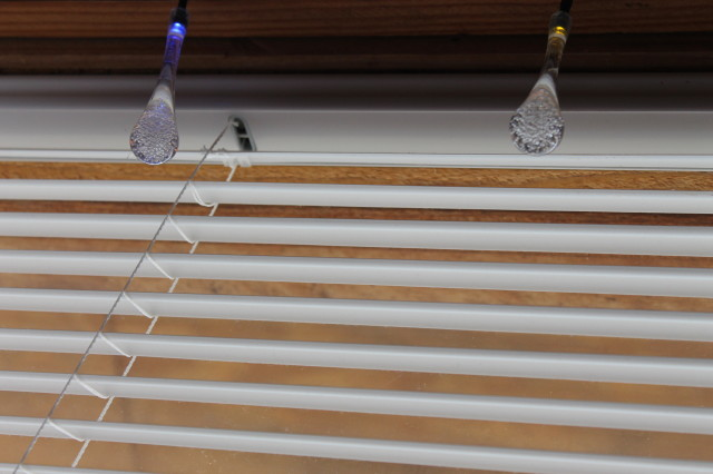 Solar Outdoor String Lights, 20 Led Icicle Globe, Patio Light for Garden, Christmas, Wedding, Party, Xmas, Indoor, Path, Porch