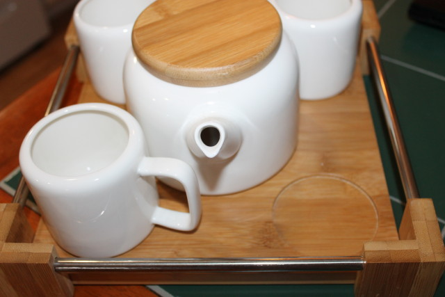 Stylish & Practical Western Asian Fusion Style #TeaSet #holidaygiftguide2015