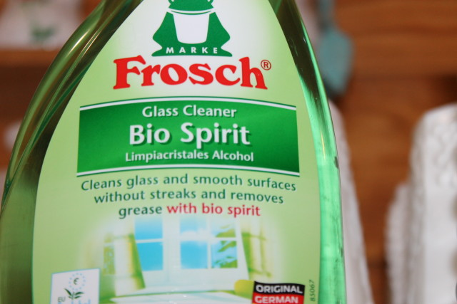 Frosch environmentally friendly cleaning products