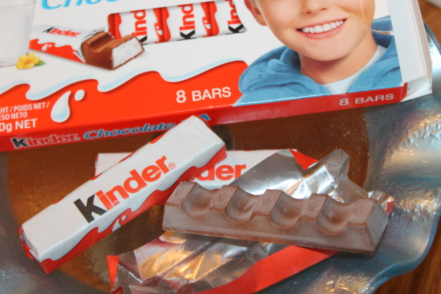 Subscription Box Try Treats from Germany #internationalsnacks #holidaygiftguide2015