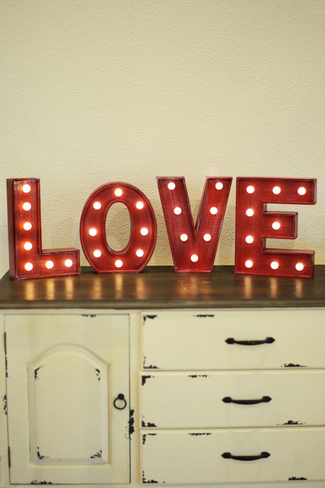 Boho Valentine's Day Date Night Ideas