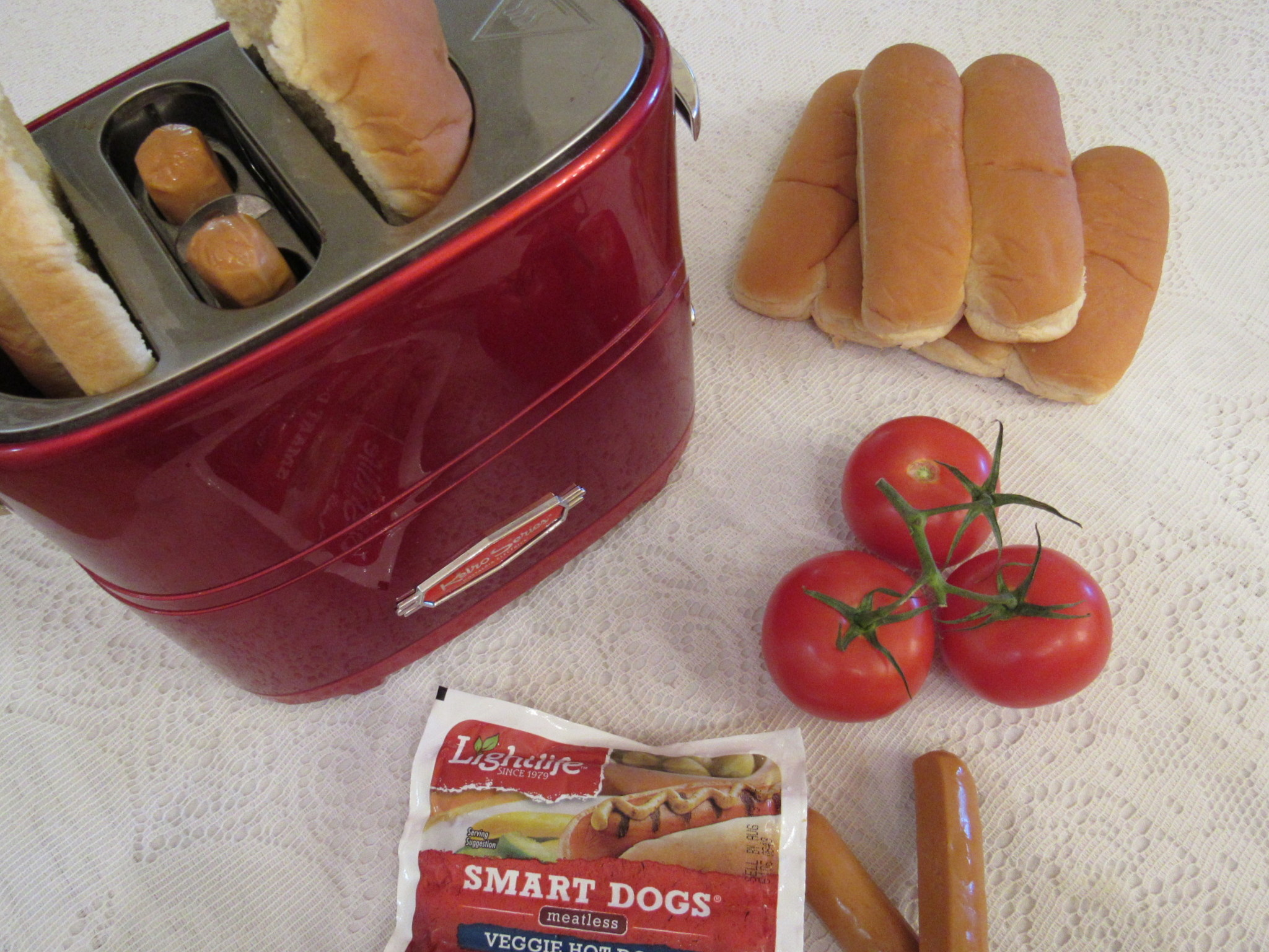 30 Minute Wholesome Summer Lunch, Lightlife Smart Dogs #MomsMeet