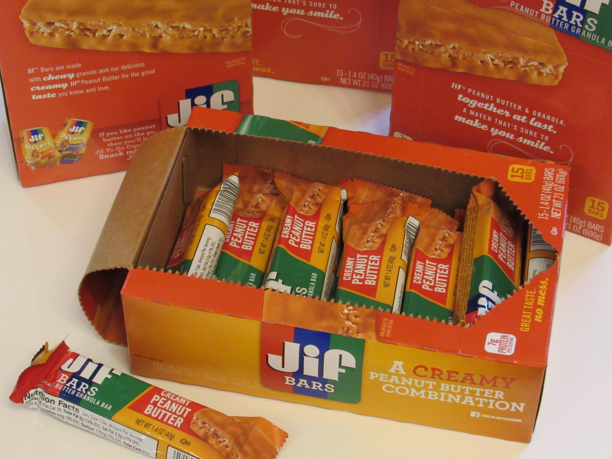 Snacking on the go with Jif Peanut Butter Granola Bars #Recipe @Shoplet