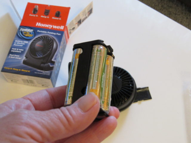 See How I'm Cooling Off During the Dog Days of Summer @BestBuy Turbo On The Go Portable Fan