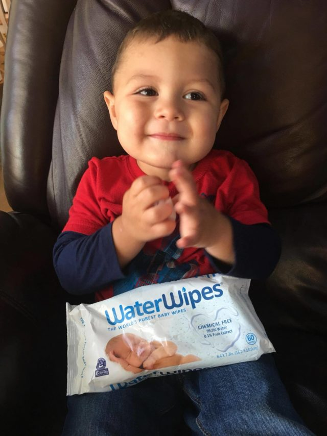 WaterWipes available at Walmart PLUS win 1 of 5 $100 Walmart gift cards #WaterWipesWalmart, #IC,  #ad @WaterWipesUSA