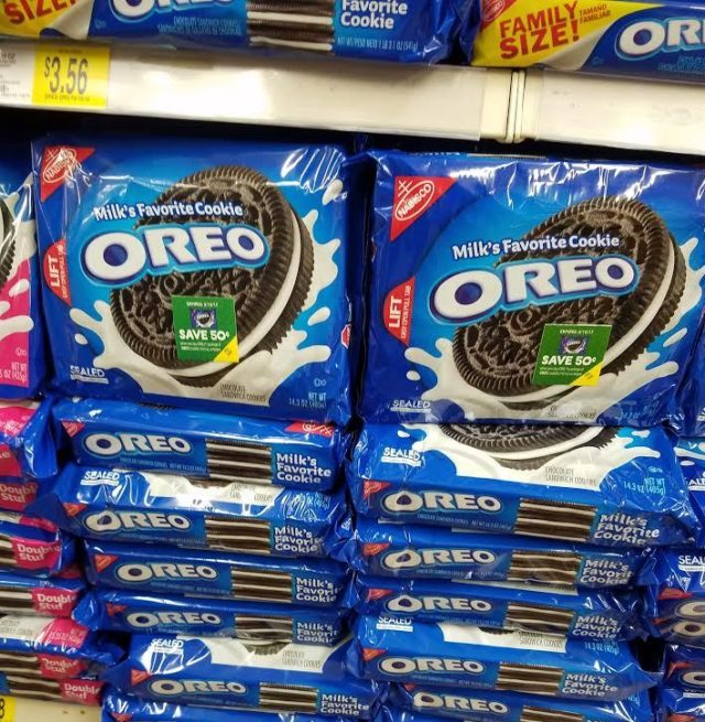 Snack & Save With OREO At Walmart #ad #snackandsave #OREOcookies #walmart @oreo @walmart