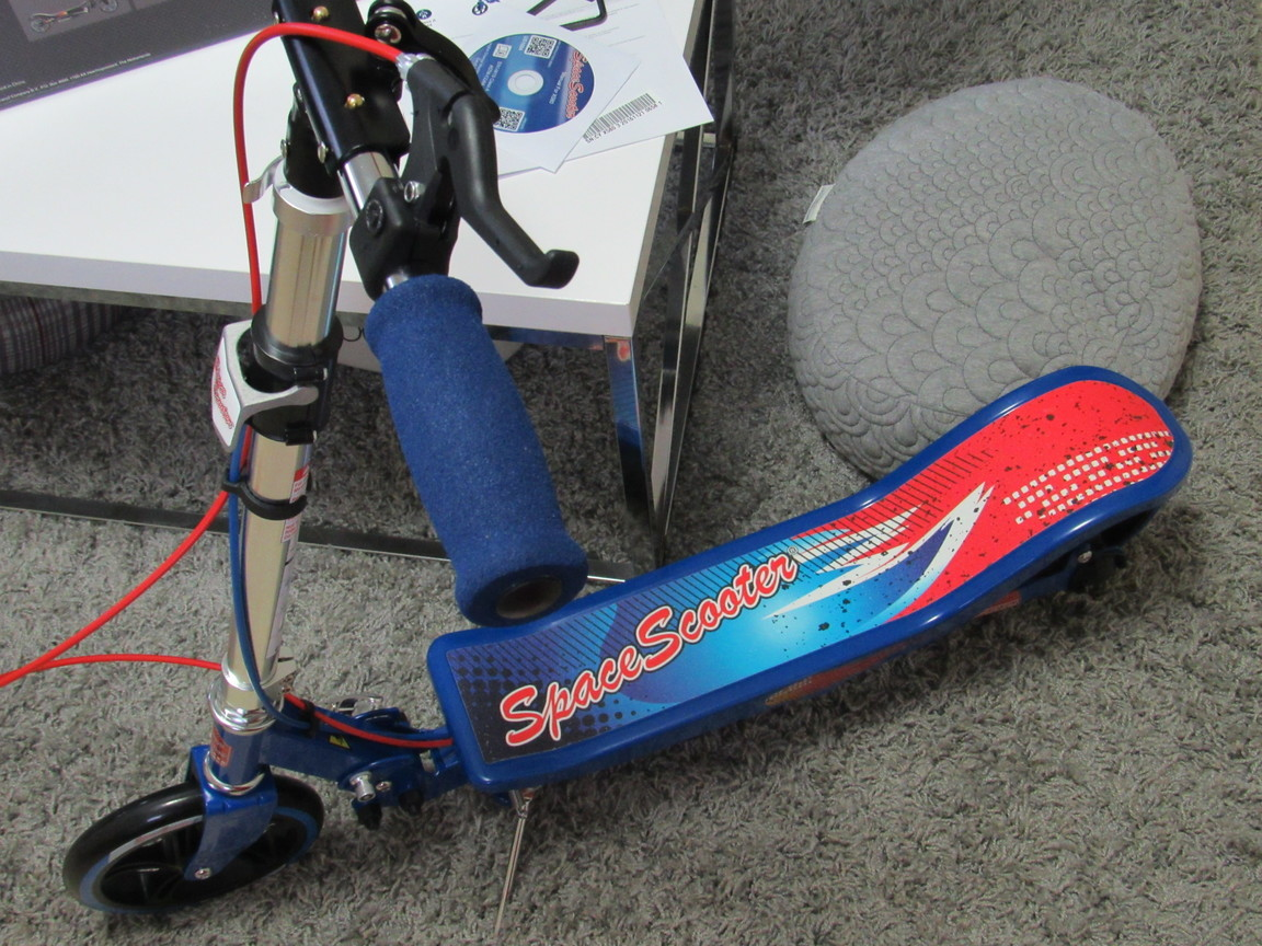 Space Scooter, Valentine Day Gift for Kids