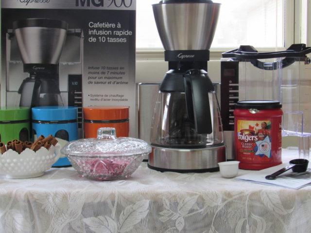 Making Cinnamon Coffee With a Capresso MG900 Coffee Machine