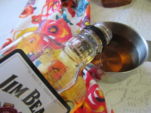 Apple Pie Whiskey @MagicalButter #DIY #valentinesdaygiftideas