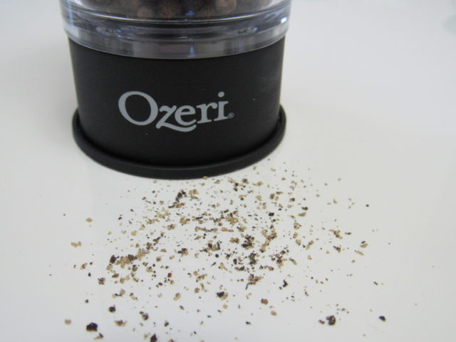 Fresh Ground Salt & Pepper & Hassleback Potato #recipe #ozeri