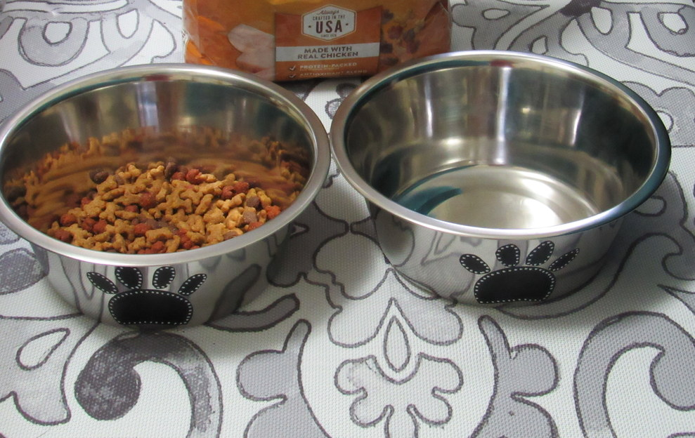 Dog Food Dishes, Tutorial, DIY, Dog Food Saving, #FeedDogsPurina #CollectiveBias #cbias #ad @target