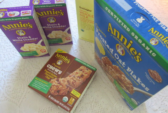 Hamburger Helper Recipe, Veggies, FREE 1/2 Gal Organic Milk #AnniesSpring
