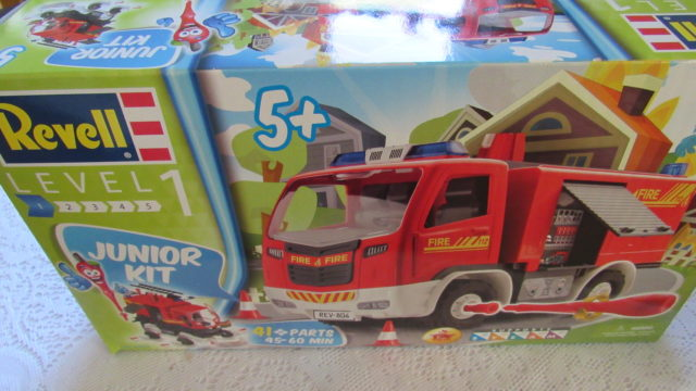 Model Kits for the Little Builders of the Family