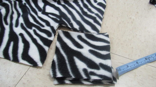DIY Recycled Travel Dog Bed Tutorial