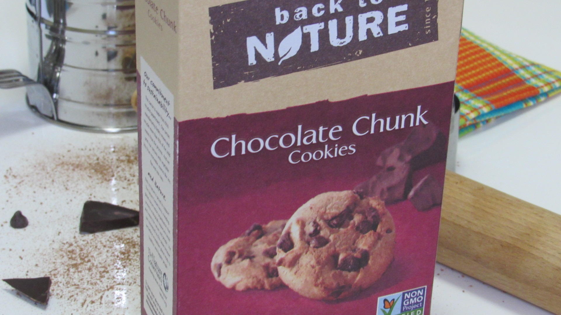 Perfect after school snack! Back To Nature Chocolate Chunk Cookies. #momsmeet #glutenfree #ad #cookies #organic
