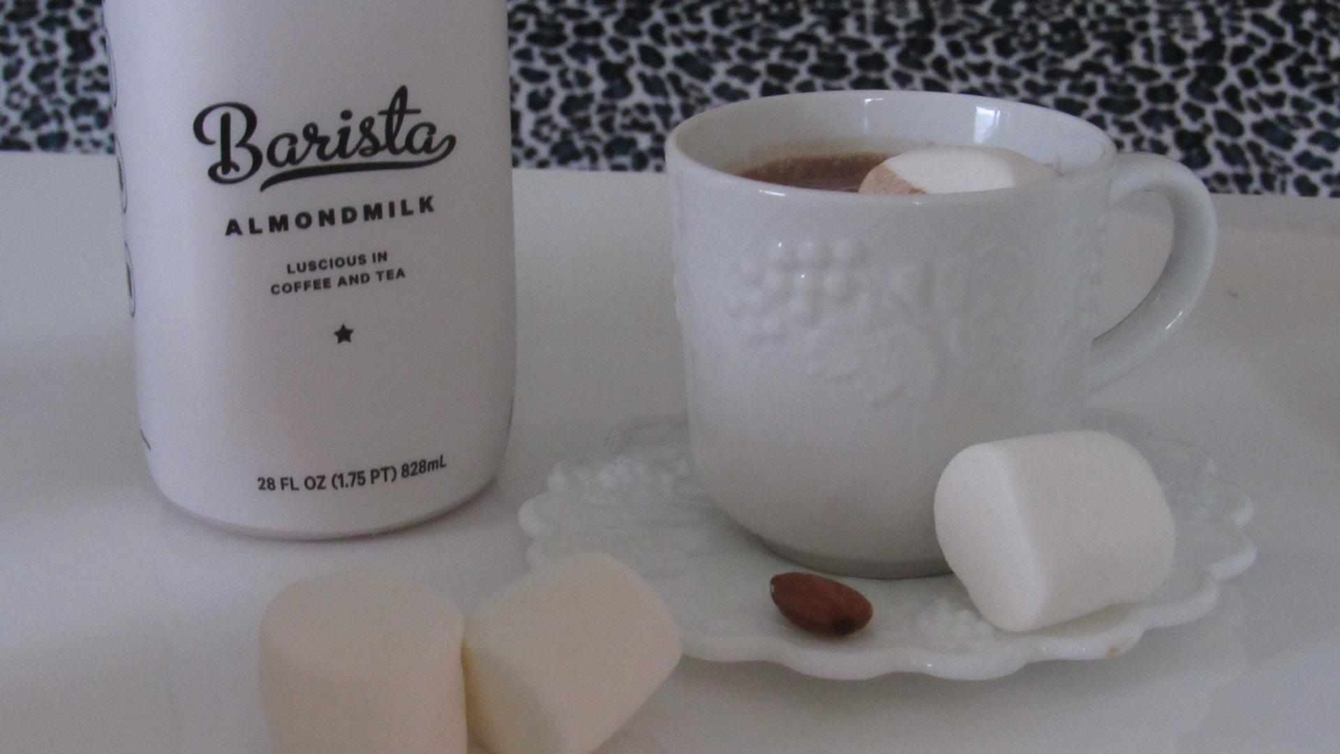 New Barn Organic Unsweetened Almondmilk & Barista Almondmilk #ad #momsmeet #thenewbarn #almondmilk
