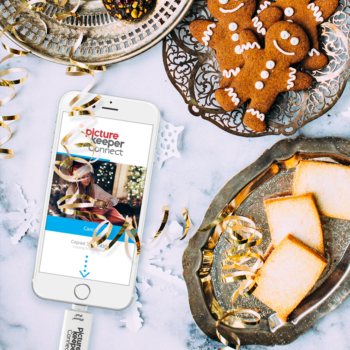 WIN TWO $250 Visa gift cards & TWO Picture Keeper Connect 16GB. #PKSeasonOfGiving #ad #giveaway