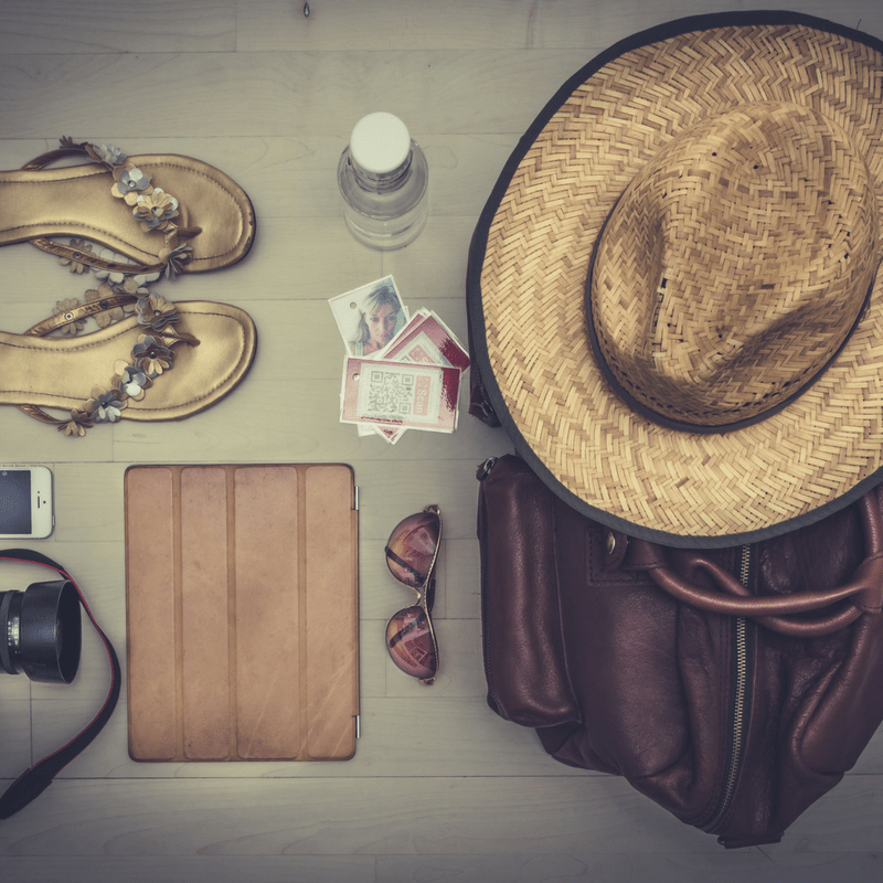 6 Essential Items for Your Summer Beauty Kit