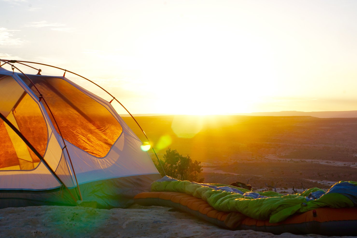 CAMPING TIPS FOR THE SUMMER