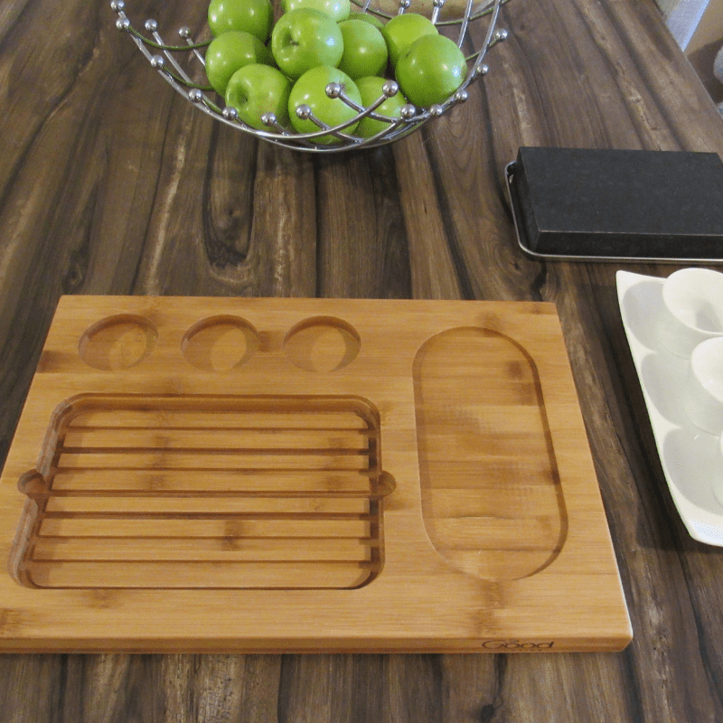 Steak Stone Deluxe Serving Set Cook meat, fish, vegetables and more right at the dinner table. Place steak stone in the oven, remove and place on the stainless steel tray and bamboo platter– and cook!