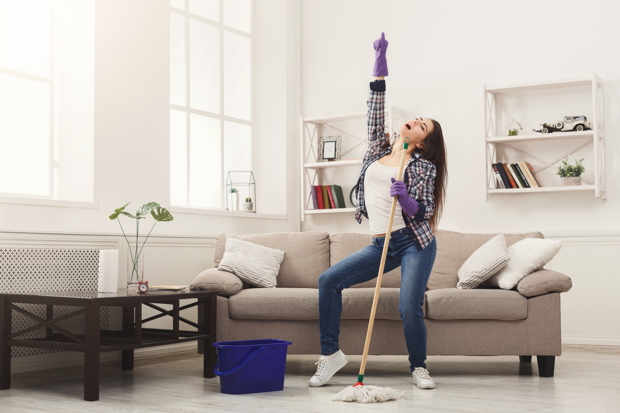 How to Clean Your House Faster: The One-Hour Cleaning Method