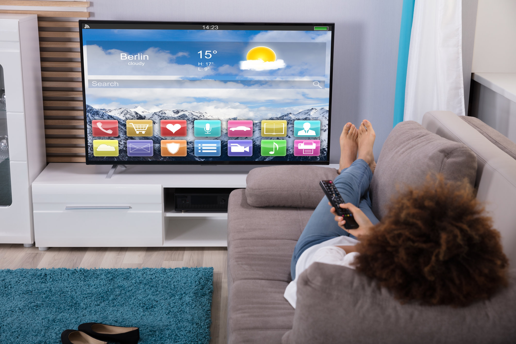 From Film Buff to Fluency: How to Learn a Language by Binge-Watching Movies and Shows