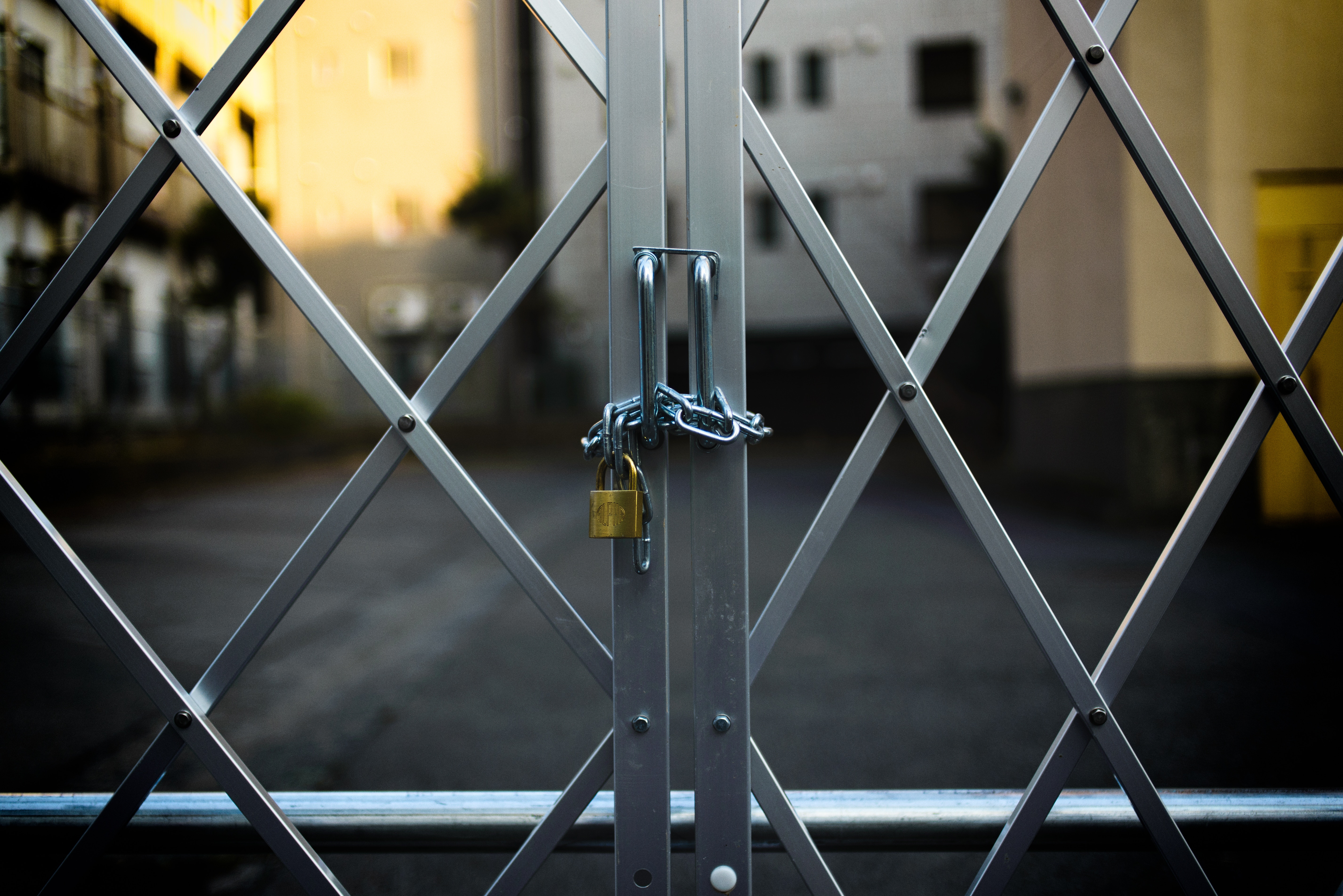 Why It's Better To Have An Automated Gate For Your Commercial Property