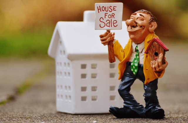 3 Things You Can Do If Your House Isn't Selling