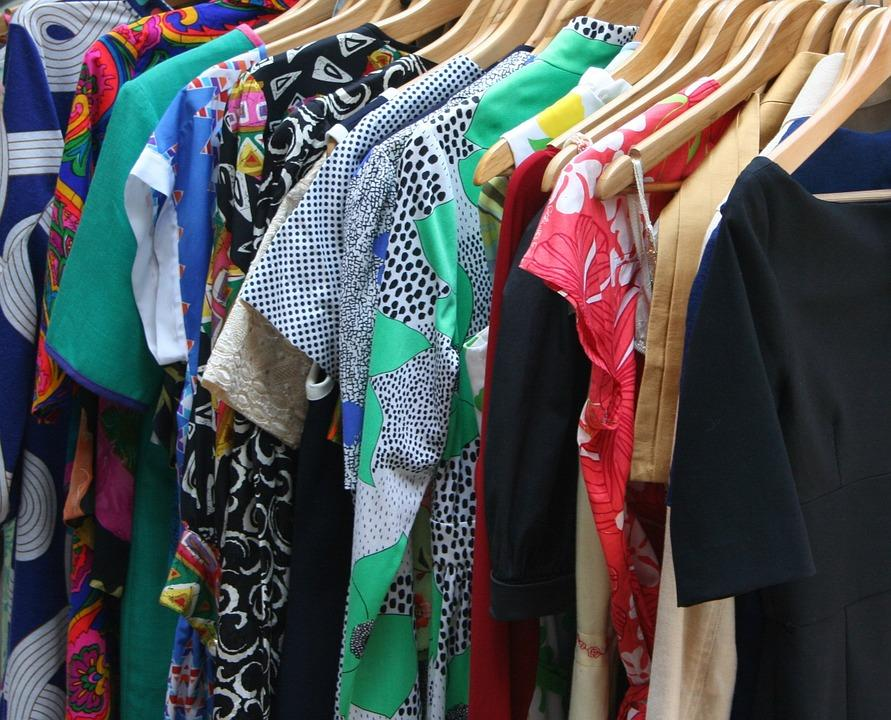 How to Edit Your Wardrobe to Use Closet Space Wisely