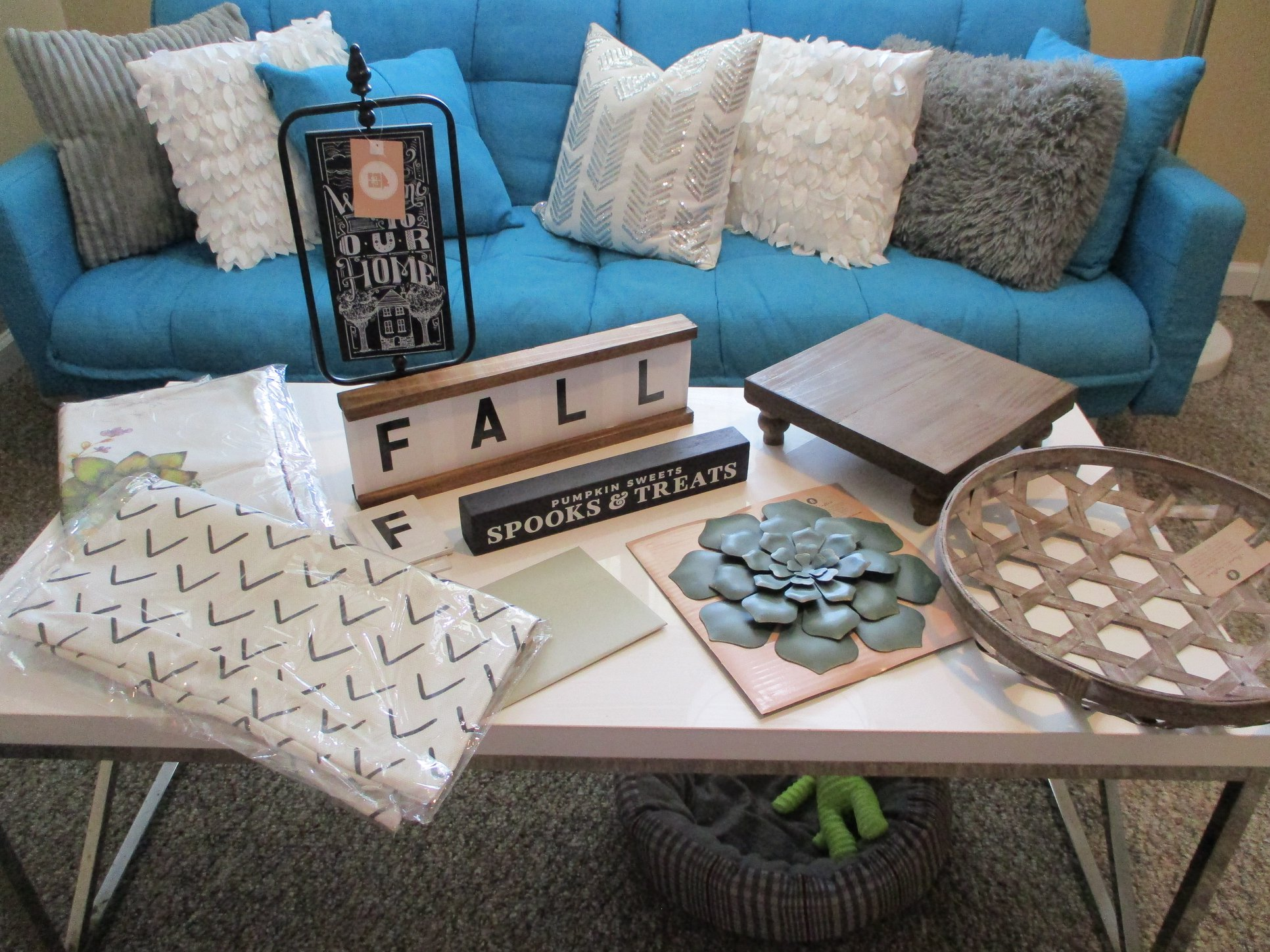Decocrated's FALL Home Decor Subscription Box