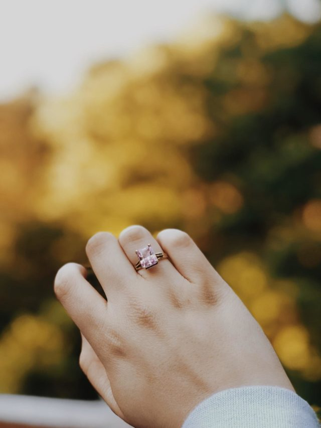 The Anatomy Of A Diamond Engagement Ring Explained