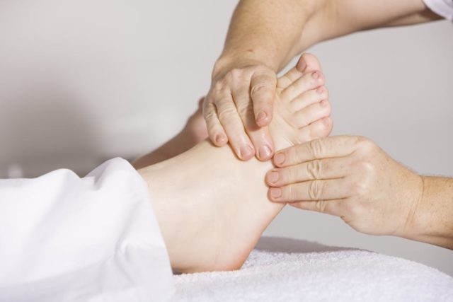 9 Foot Massage Benefits You Have to Know