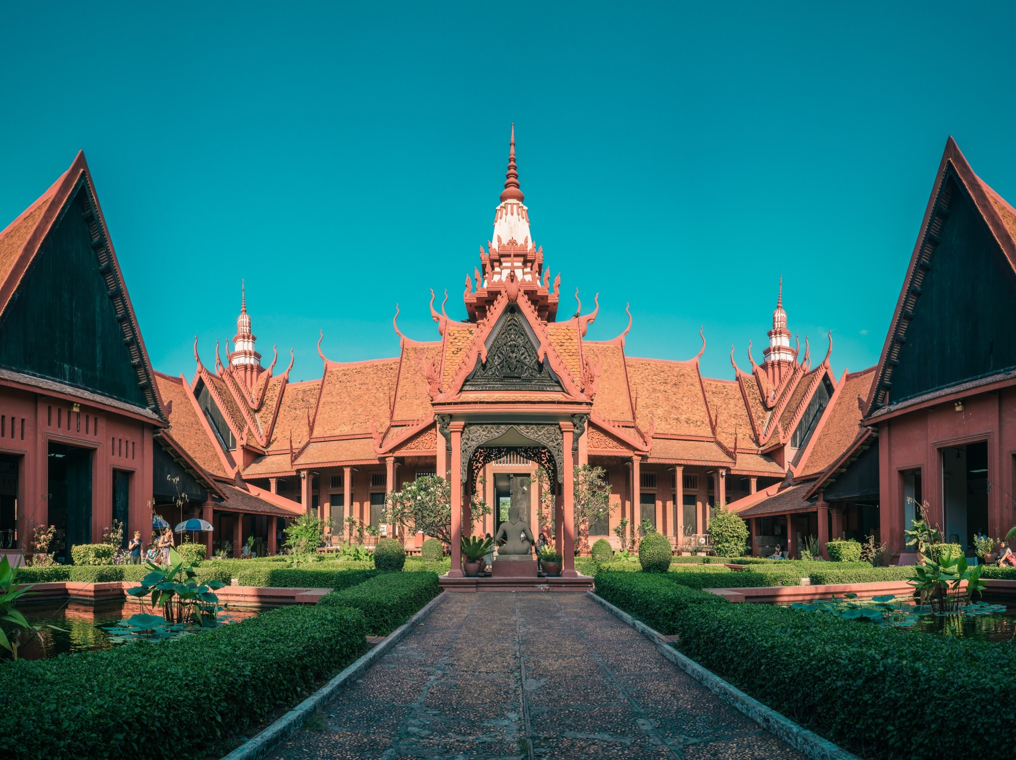 The Best Things to Do in Phnom Penh: A Perfect Itinerary