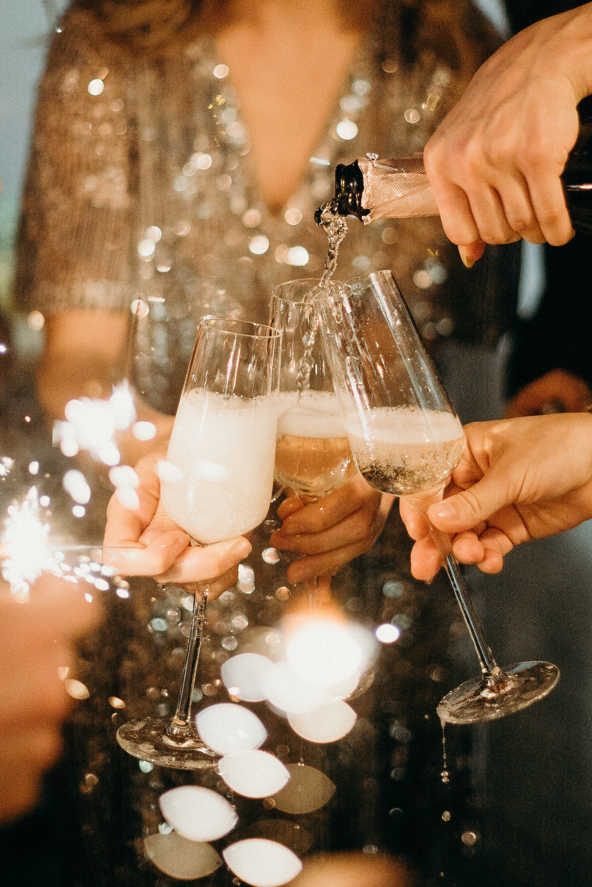 How to Throw the BEST NYE Party