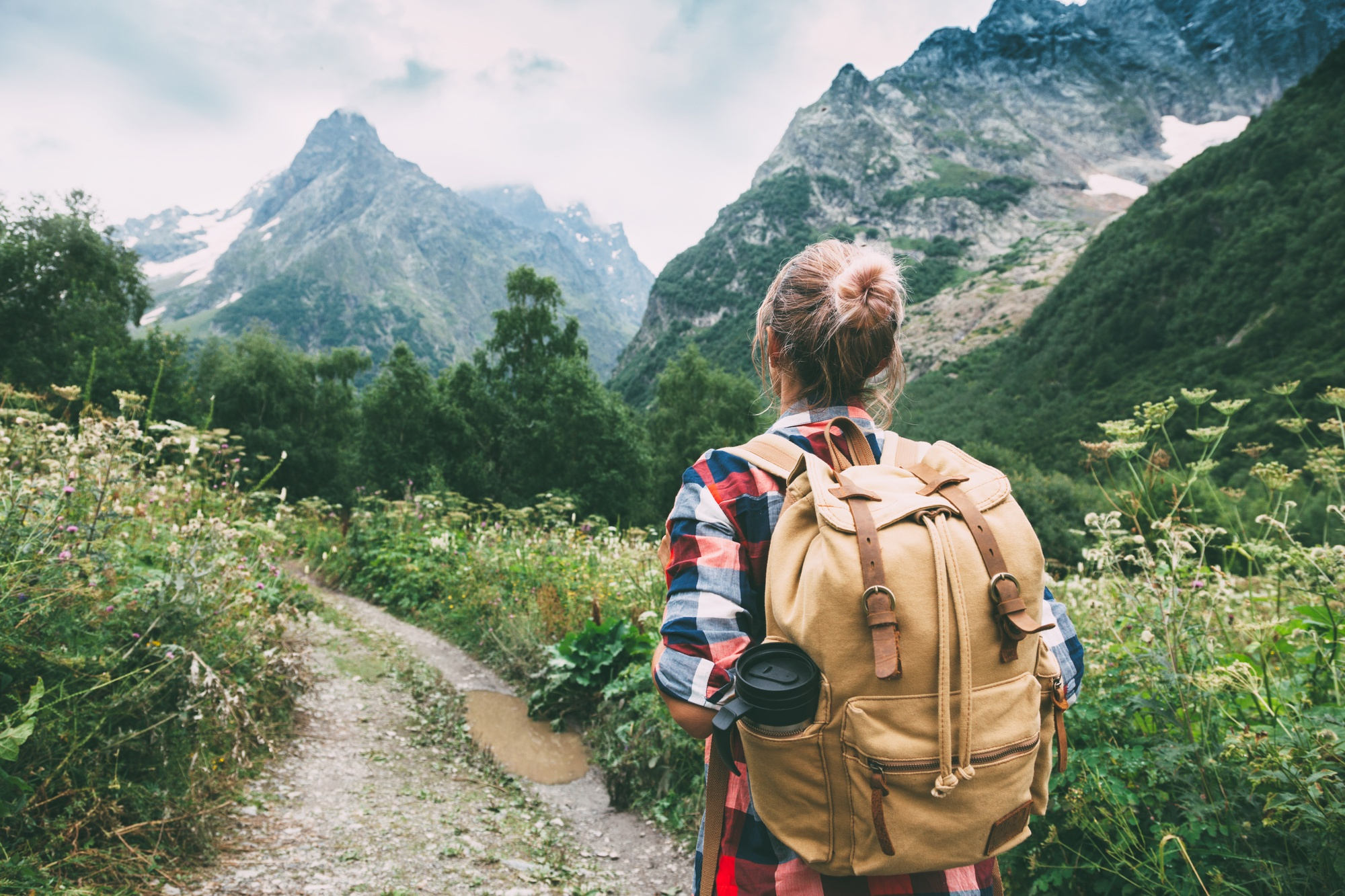 What to Bring on a Hike: The Ultimate Checklist