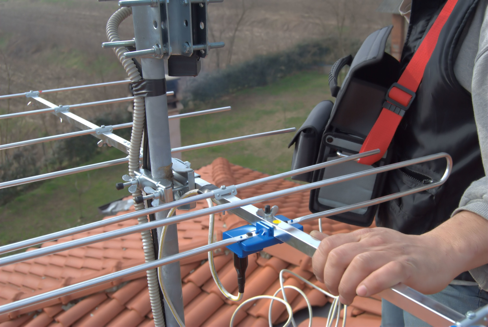 5 Key Things to Know Before Buying an Outdoor Antenna