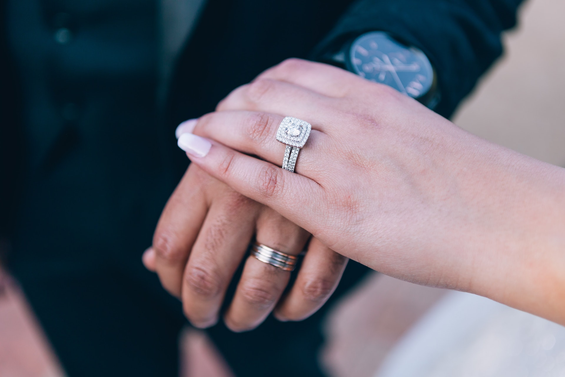 When Is The Right Time To Buy Your Wedding Bands?