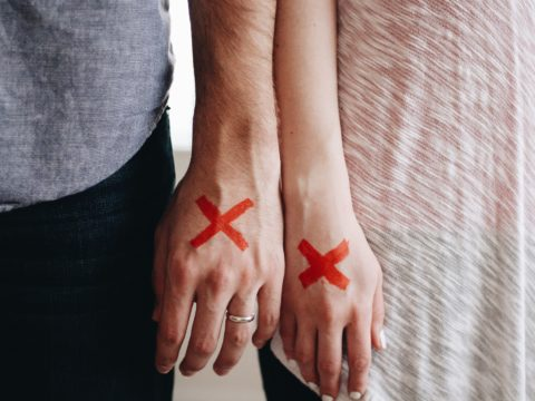 Red Flags: The Signs Of A Toxic Relationship